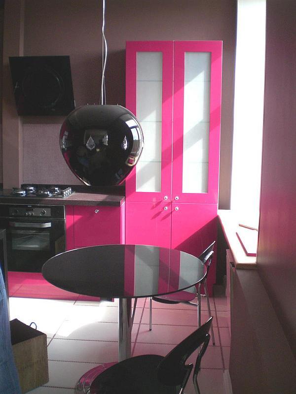 Практичная мебель. Цена от 45000 руб за пог.м включая столешницу.