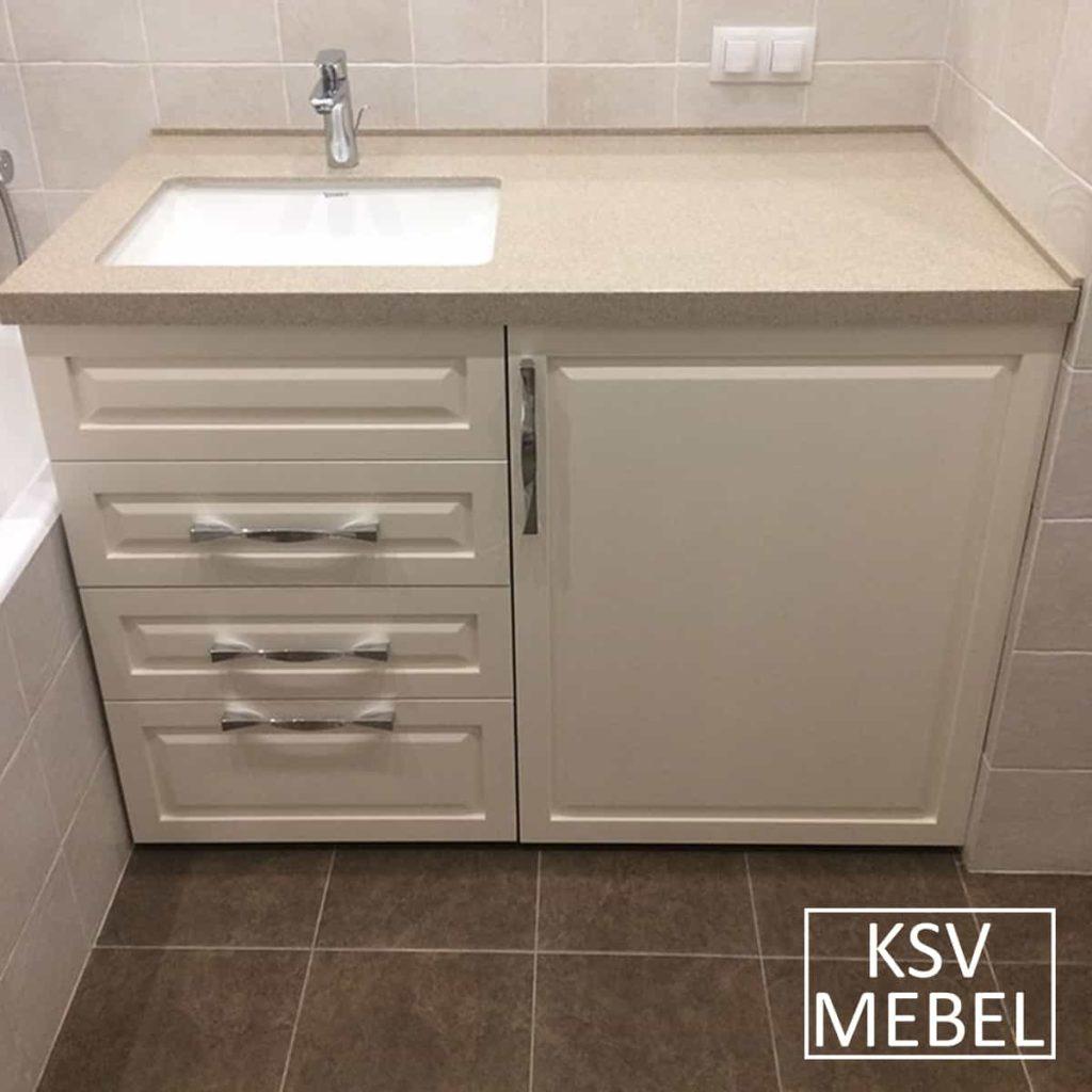 Мебель под стиральную машинку с закрытой дверкой