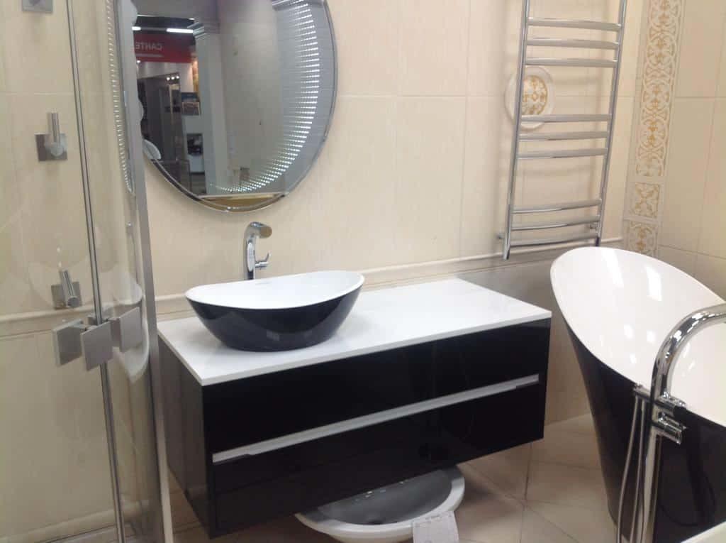 Крашенная влагостойкая мебель для ванной комнаты