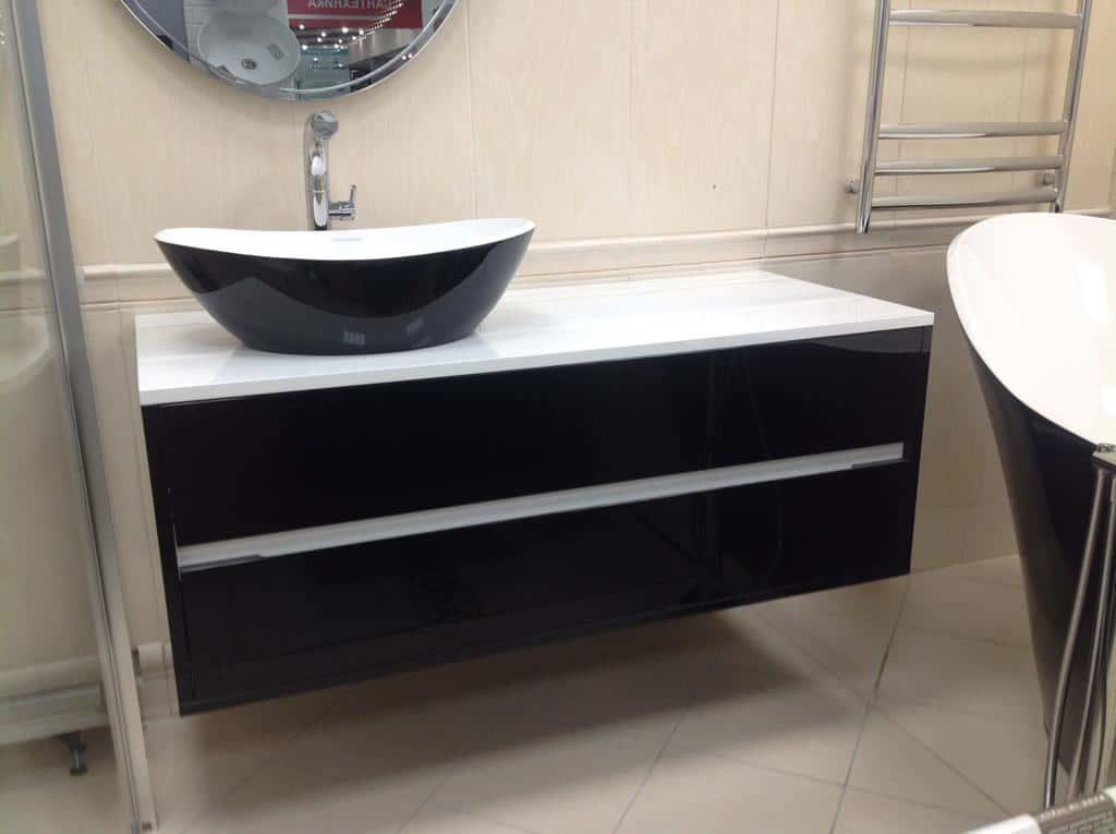 Комплект мебели с раковиной-чашей Amalfi вид спереди
