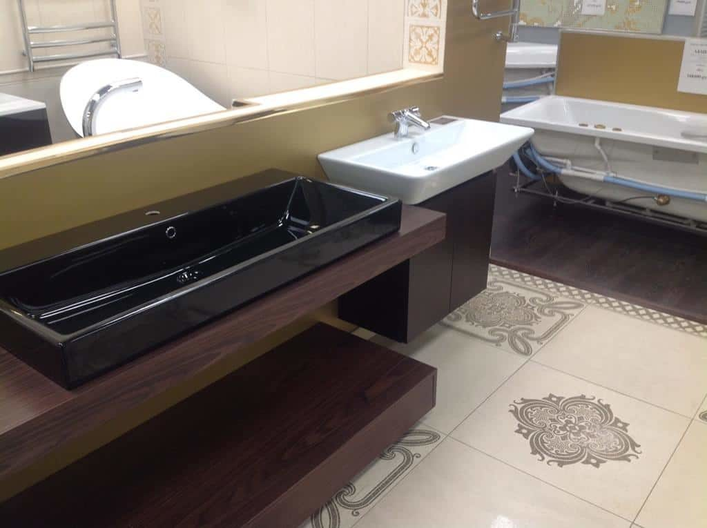 Комплект мебели со столешницей из МДФ и черной раковиной