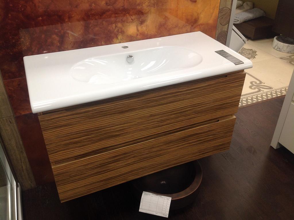 Мебель в ванную с раковиной Catalano