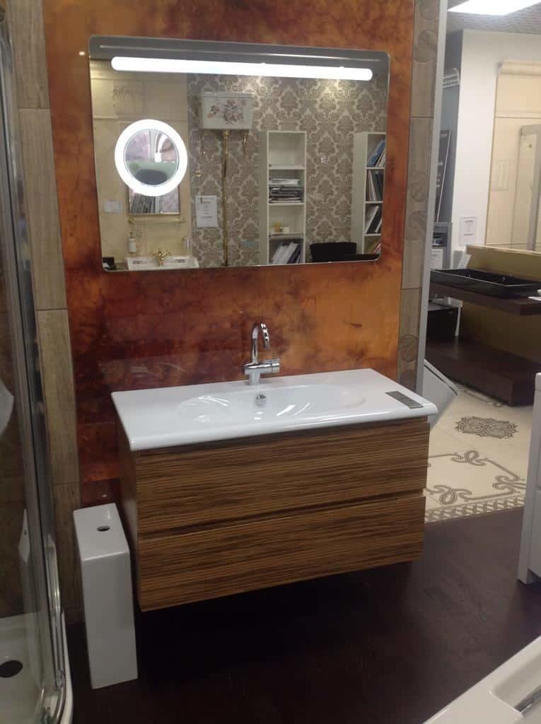 Мебель в ванную с раковиной Catalano с зеркалом